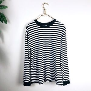 H&M Divided • Black/White Striped Longsleeved Top.